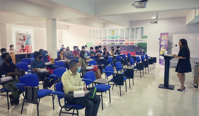 A guidance session conducted by Sunesh Rodrigo - DGM Strategic transformation MAS Holdings (1)