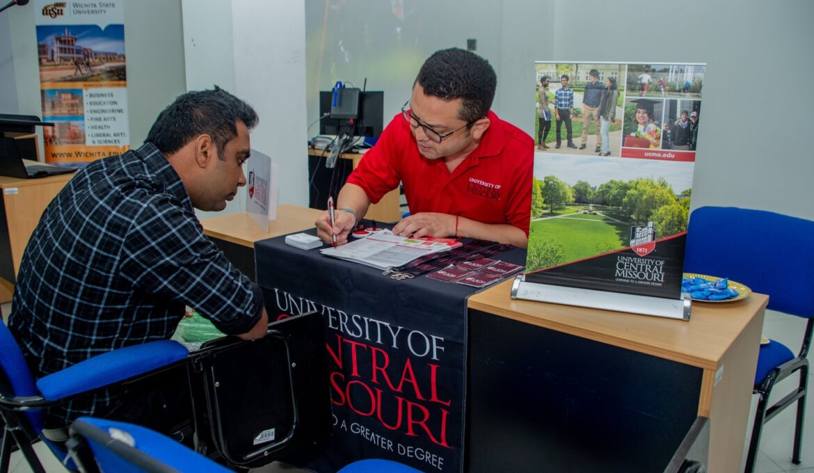 Sri Lanka_s largest US and Canada University Fair held on 7th Feb 2020 at ANC Branch Campus Kandy with the participation of more than 15 leading universities from US and Canada (10)